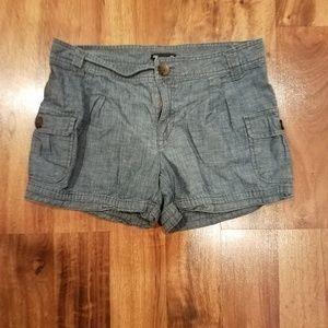 Women's Gap chambray shorts size 6